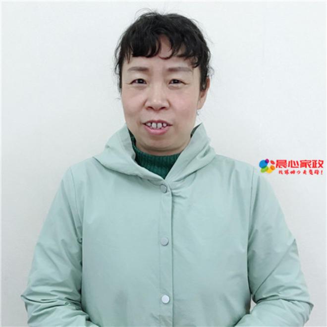 上海月嫂,杨紫
