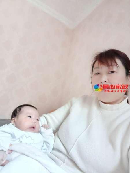 育嬰師照片