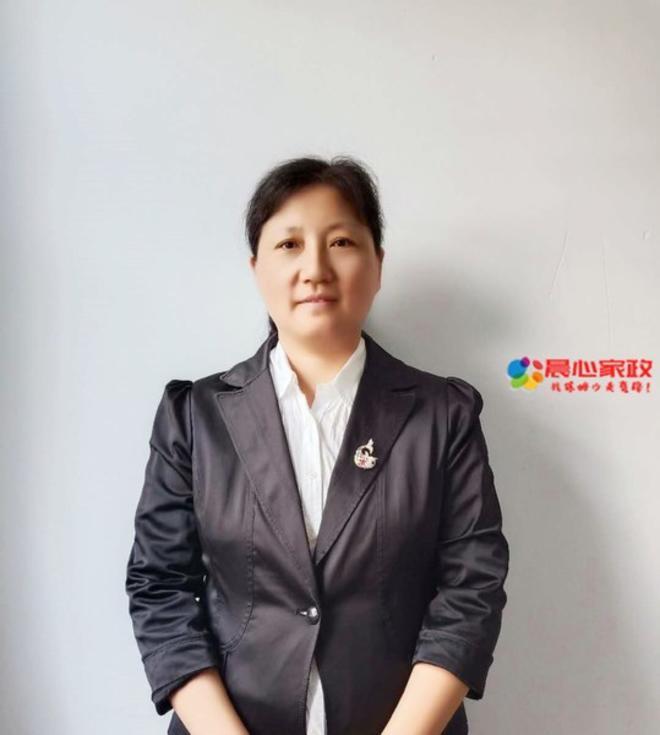 上海高端育婴师,朱阿姨