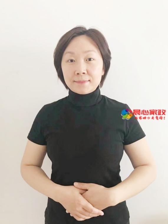 上海育婴师,邓阿姨